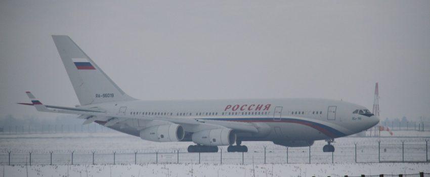 [PUTIN U SRBIJI] Ruska delegacija sletela sa tri Iljušina, zabuna u kojem avionu je bio Putin, isključivanje Flightradara