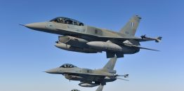 Prvi probni letovi grčkih borbenih aviona iznad Severne Makedonije