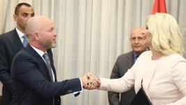 Er Srbija i Ministarstvo saobraćaja potpisali Ugovor o pružanju usluge obavljanja avio-prevoza na PSO linijama iz Niša