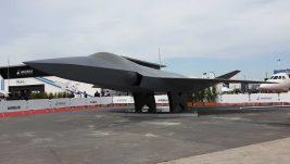 Burže: prikazan model francusko-nemačkog projekta novog borbenog aviona, projektu se zvanično priključila Španija