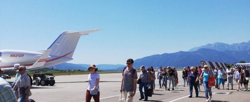 Novi poslovni rekord Aerodroma Crne Gore – 56 aviona i 11.000 putnika u jednom danu