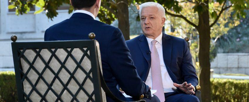 """Crnogorski premijer: Vlada neće ugasiti Montenegro Airlines, sprema se """"lex specialis"""" za rešavanje duga kompanije"""