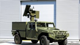 Predstavnici Ministarstvо odbrane i Vojske Srbije na bojevom gađanju sistemom PVO Mistral, VS dobija dve verzije sistema