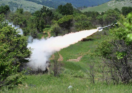 Treća faza modernizacije: Opitno gađanje domaćim artiljerijsko-raketnim sistemom PASARS
