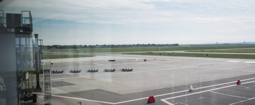 Pad vazdušnog saobraćaja u Srbiji usled Korone: Konačno domaći podaci za kvalitetniju depresiju od IATA-ine