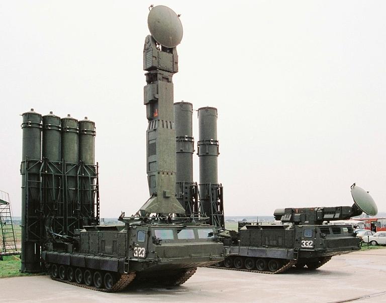 S-300V Army SAM System - Page 12 Slika-7-SLO-sa-radarima-osvetljavanja-za-rakete-Gladiator-i-Giant