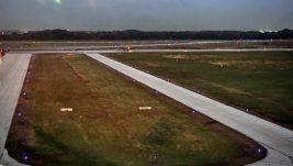 Prikaz sistema svetlosnog obeležavanja poletno-sletne piste na Batajnici: Za samo 21 godinu aerodromu vraćene sve operativne funkcije