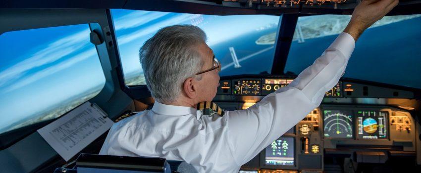 """[PILOT SA ISTOKA] Pogled u kokpit putničkog aviona za vreme Korone: """"Rizikujete dosta, svaki put kad idete na posao"""""""