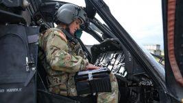 Ukrajinka Kristina leteće vojni transportni helikopter iznad Srbije