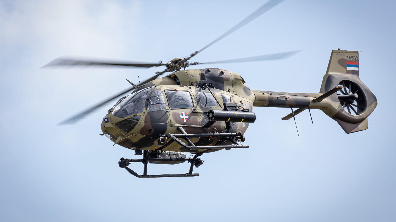 Dinamički deo prikaza sposobnosti dela jedinica Vojske Srbije: Neobična uloga Lasti, standardno dobri Orlovi i efektan nastup posada helikoptera
