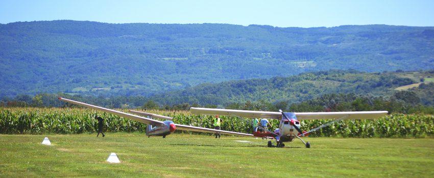Aeroklub Valjevo i Ministarstvo odbrane besplatno obučavaju 6 pilota jedriličara
