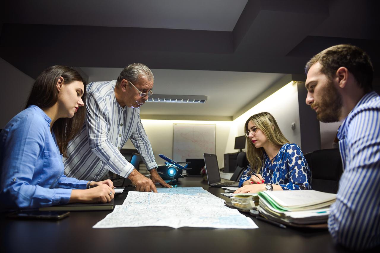 [INTERVJU] Poslednji direktor Aviogenexa prvi je instruktor za Flajt Dispečere: Ako volite avijaciju, planiranje, mape, kompjutere i najdinamičnije moguće radno okruženje