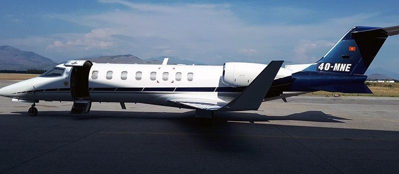 [POSLEDNJA VEST] Avion Vlade Crne Gore oštećen pri sletanju u Podgorici